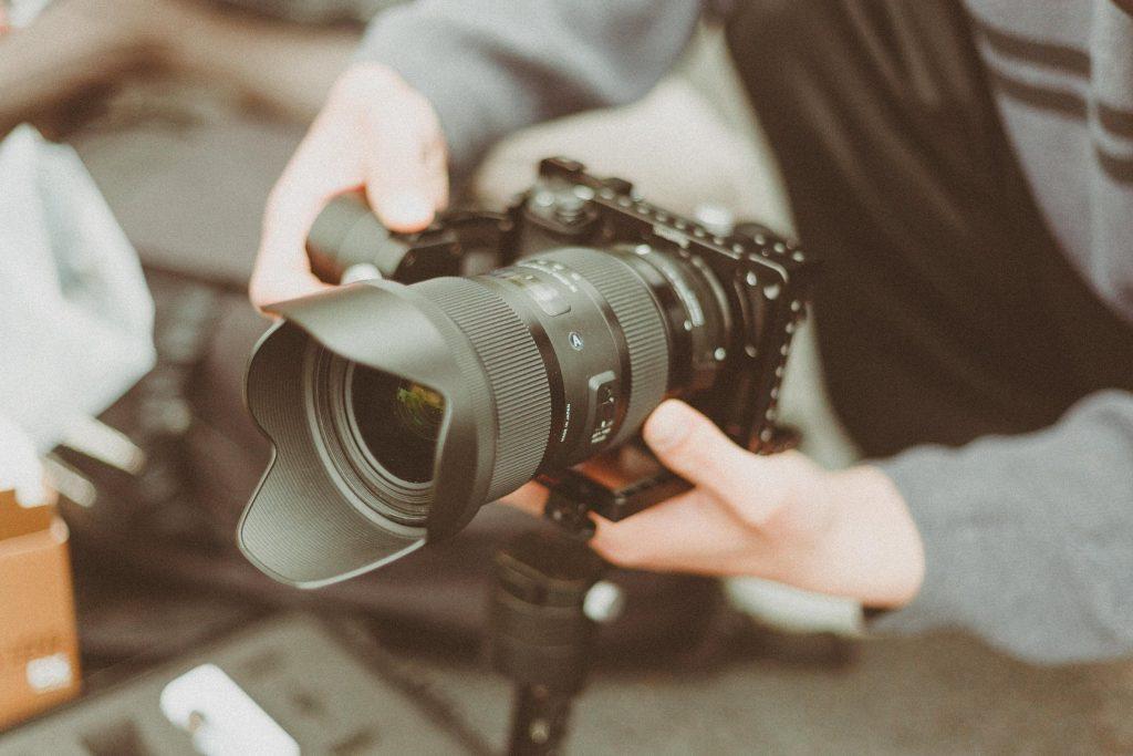 vendas online - gravar vídeos como estratégia online
